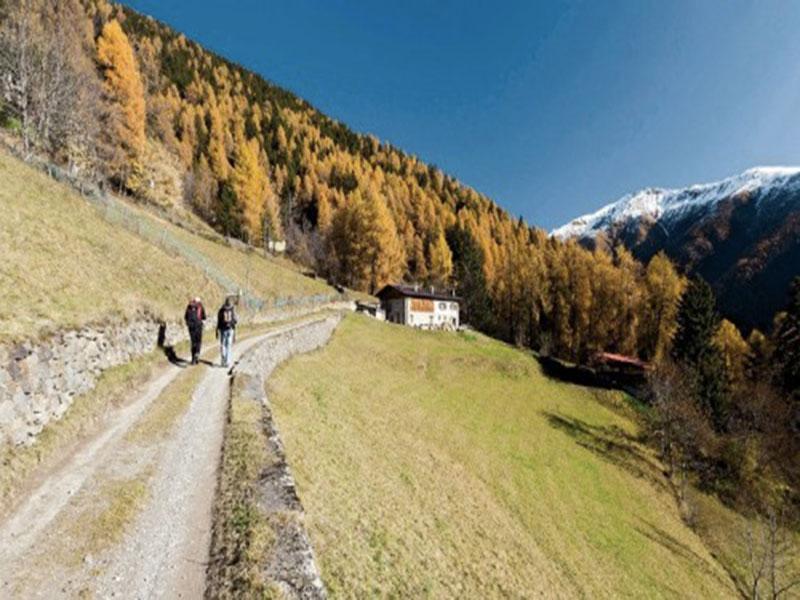 passeggiata in Valcamonica